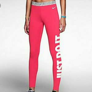 Almost new Nike hyperwarm pro dri-fit legging